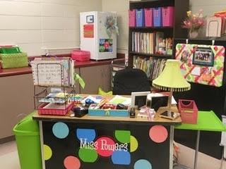 coziest teacher desk and MOST organized area by far!: Desk Area, Classroom Decor, Organization Ideas, Teacher Desks, Classroom Ideas, Classroom Organization, Teachers