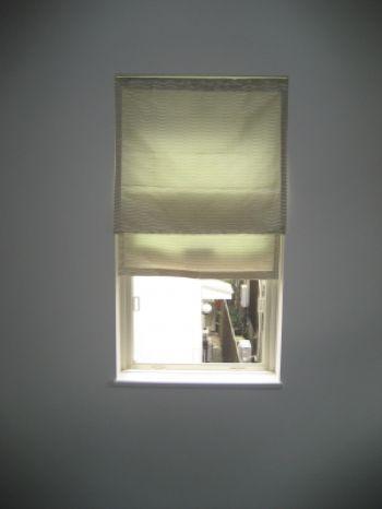 小窓カーテンに困ったら参考にしたい厳選コーディネート例30選 - NewImage