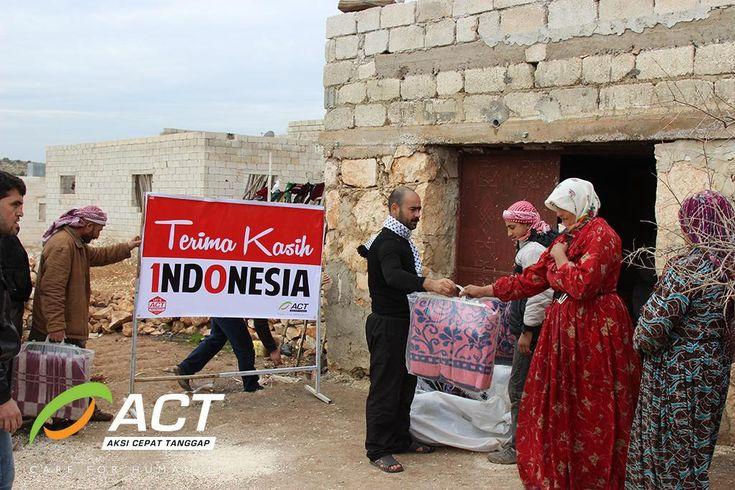 ACT Kirim Bantuan Pakaian Musim Dingin ke Suriah  http://www.republika.co.id/berita/nasional/umum/14/01/09/mz53ma-act-kirim-bantuan-pakaian-musim-dingin-ke-suriah…  #LetsHelpSyria #KilasBalik