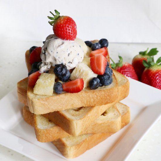 Brick Toast, also called Honey Toast Box.