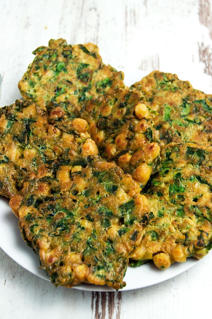 Chickpeas and spinach fritters