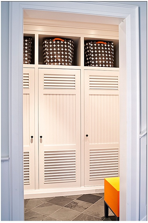 the locker look is starting to tempt me...hide all the kids' clutter