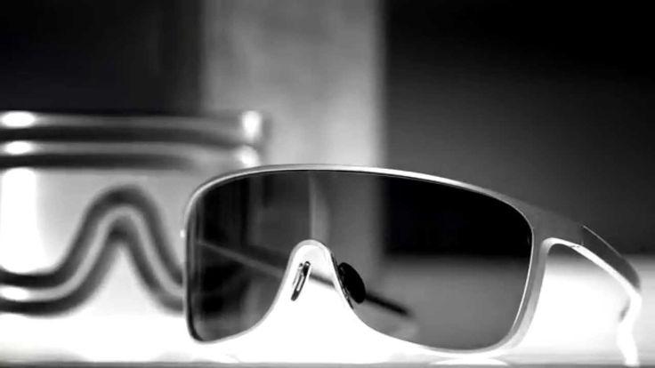 Porsche Design Eyewear Iconics - One Piece (English)