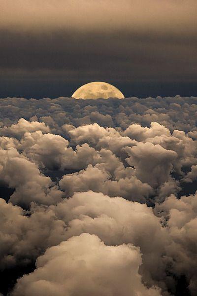 Moonwalk by Victor Caroli
