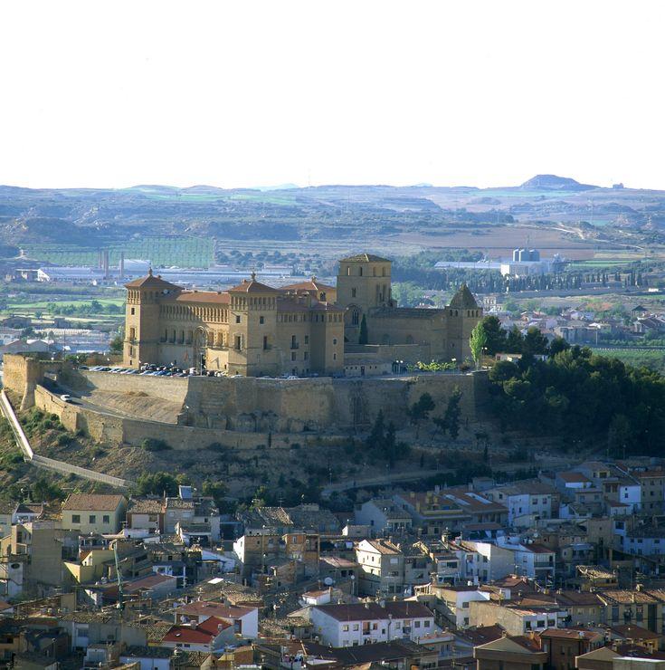 Parador de Alcañiz España https://www.pinterest.com/cballesta1442/castillos-en-espa%C3%B1a/