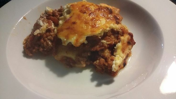 Lasagne with carb free pasta, and yoghurt white sauce.