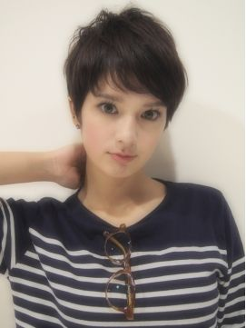 Hair Salon Nove Tokyo<Nove>小顔に見えるヌーディフレンチショート
