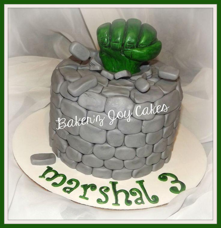 @Shannon Bellanca Bellanca Bellanca Bellanca Bellanca Pardo  Hulk cake.