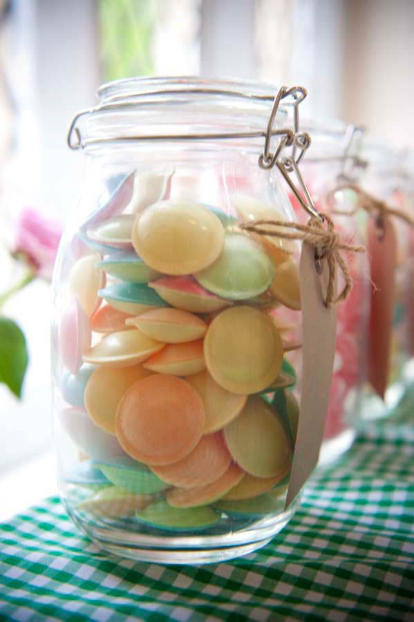 Could get big jars, fill with pick and mix to take away as favours