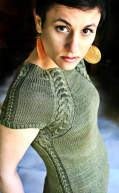 **Summer Scabbard - Neckline Modification to Silken Scabbard by stitchdiva