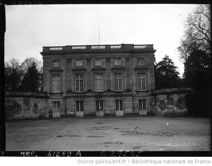 Petit trianon versailles vue g n rale 1927 ch teau de versailles versailles castle - Residence grand siecle versailles ...