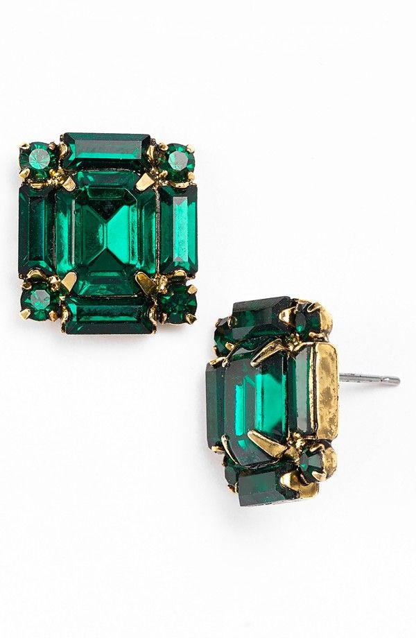 Love these emerald and gold crystal stud earrings!