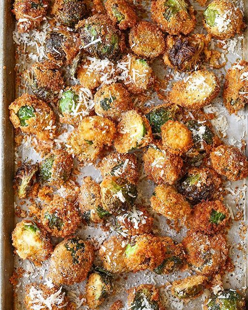 Crispy Panko Fried Brussels Sprouts With Parmesan Cheese via @feedfeed on https://thefeedfeed.com/brusselssprouts/damn_delicious/crispy-panko-fried-brussels-sprouts-with-parmesan-cheese