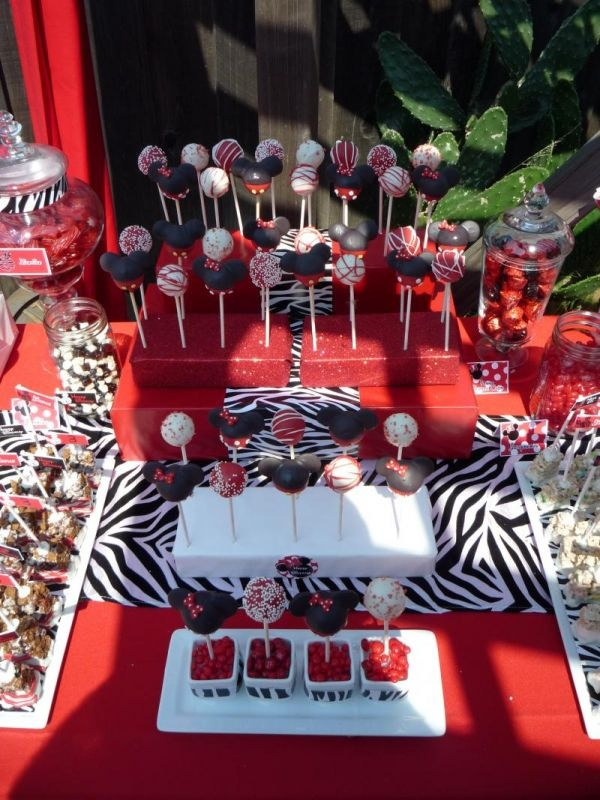 Minnie and Mickey Cake Pops