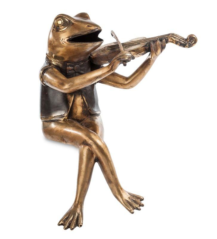 Фигурка «Лягушка со скрипкой» 43-031 (бронза, о. Бали)   Бренд: Perunggu & Emas Nasional (Индонезия);    Страна производства: Индонезия;   Материал: Бронза;   Длина: 18 см;   Ширина: 23 см;   Высота: 35 см;   Вес: 1,8 кг;          #statuette #figurine #bronze #Indonesia #статуэтка #фигурка #бронза #Индонезия