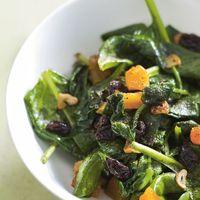 Gebakken spinazie met rozijnen en abrikozen - Recept - Allerhande - Albert Heijn