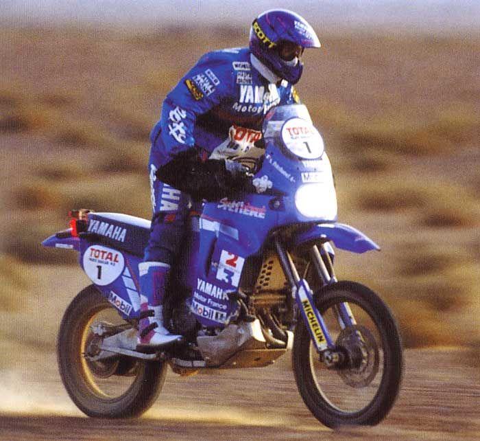 Stephane Peterhansel auf dem Weg nach Dakar 1993