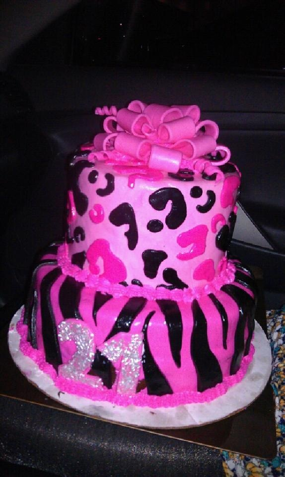 My 12 year old Client made this cake for my Morgans 21st!!!! TALENT!!!! <3 Me some Jade.