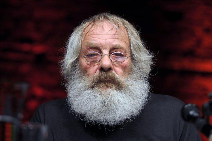 """Harry Rowohlt war Bestseller-Übersetzer, Autor und Schauspieler. Den Gratistitel """"Verlegersöhnchen"""" brauchte er nie. Ein Nachruf."""