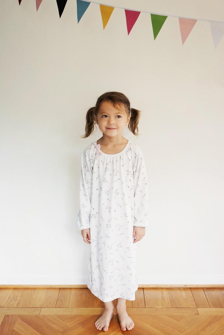 New arrival - Nightdress ls cherry