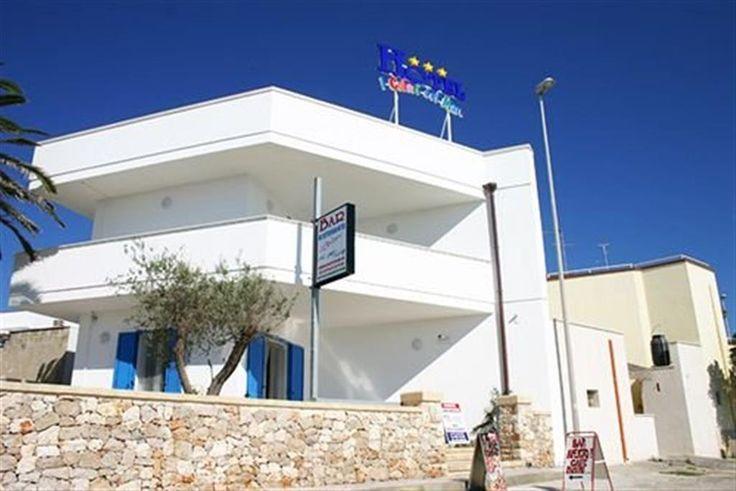 Hotel sulla spiaggia sabbiosa, di Torre Mozza, in #Salento #Puglia