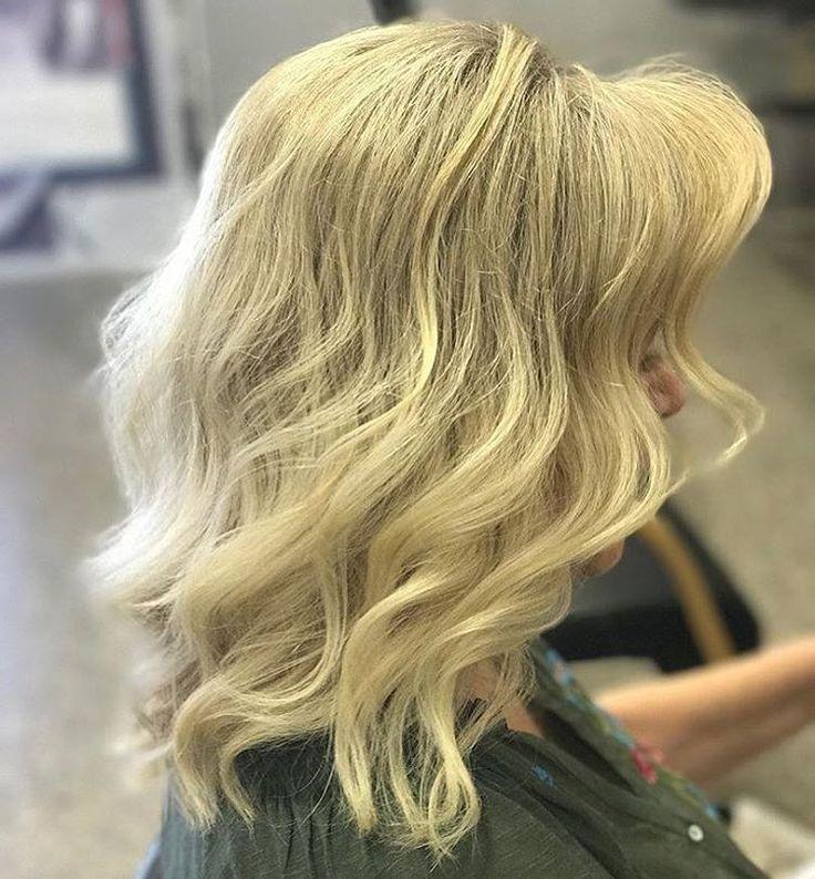 Haftaya dinamik bir başlangıç yapalım ✌️���� Siz hayal edin biz yapalım �������� ozaman hadi ��#redandwhitekuaför 'e bekliyorum ���� #sarısaç #sarışın #blonde #blondehair #highlights #röfle #ombre #ombrehair #bebeksarısı #türkiye #istanbul #ankara #saç #hair #haircolor #hairstyle #sackesimi #kesimmodelleri #topuzmodelleri #makyaj #makeup #porselenmakyaj #kaşkontür #ipekkirpik #nailart #avedacolor #redwhite #kuaför #irancaddesi✌️✌️…