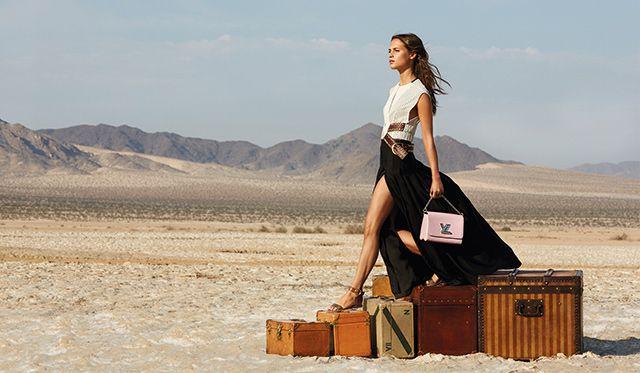 Полная версия кампании Louis Vuitton The Spirit of Travel с Алисией Викандер и Мишель Уильямс (фото 8)