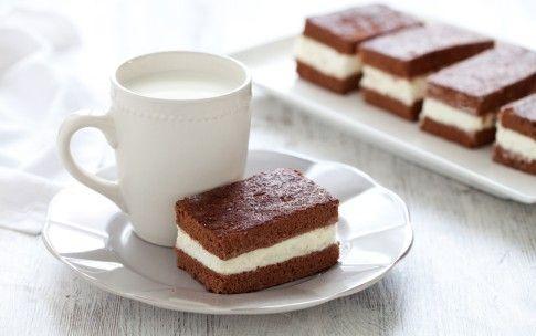 Preparazione Torta fetta al latte -
