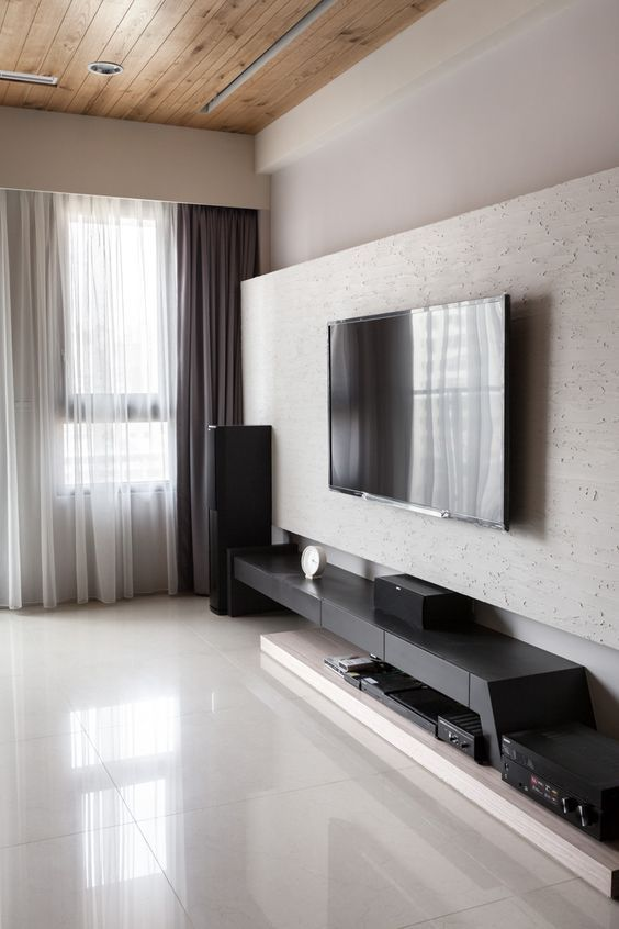 Best 25 modern tv wall ideas on pinterest for Simple lcd wall unit designs
