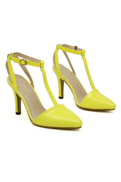 NEED these!!! Pointed Toe Stilettos OASAP.com