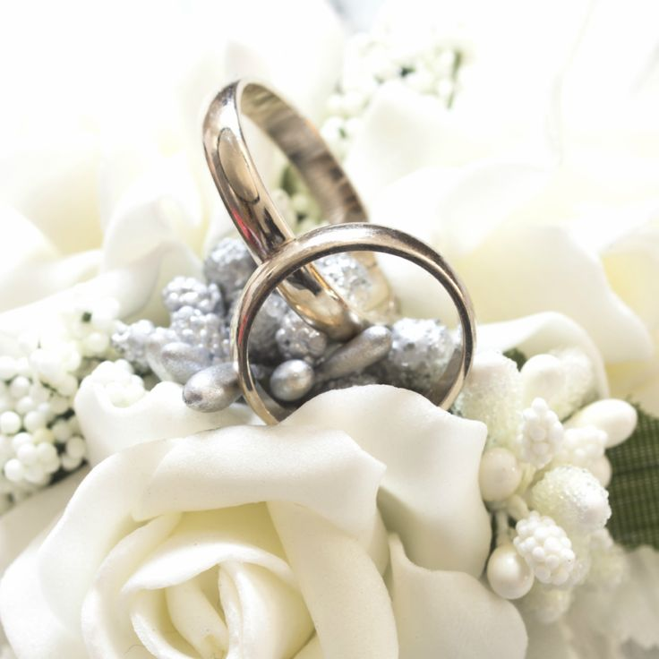 Planning your nuptials for 2016? Think of us when your ready to talk about the important stuff: your #FLOWERS!