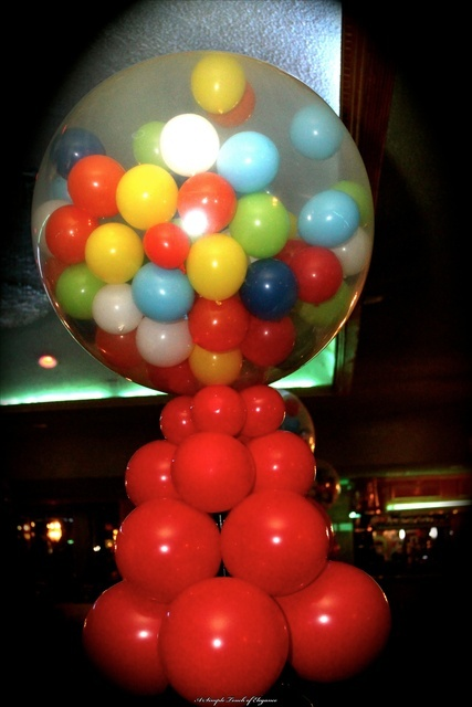 Balloon decor love it great party decoration idea