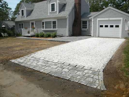 White Gravel Driveway Home Ideas In 2019 Gravel