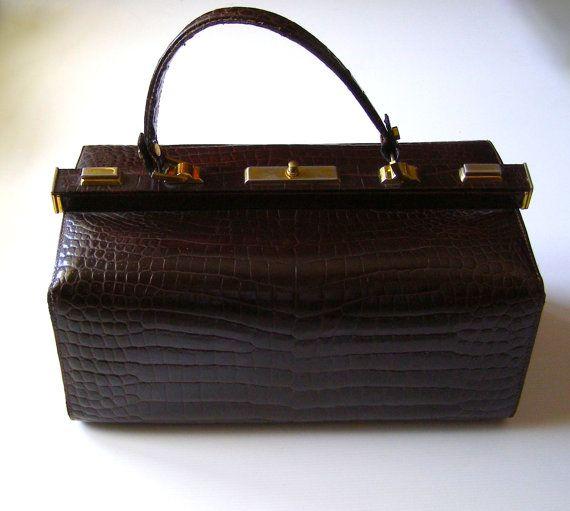 SAC DOCTEUR  -  Vintage 60's  en Cuir Verni Marron  Façon Croco - French Bag Style Doctor Way Croco - bag and purse - messenger - satchel