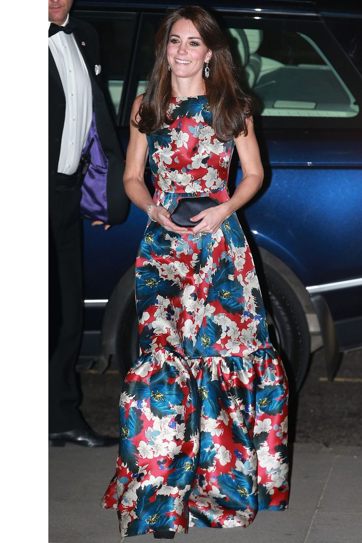 October 27, 2015 - The Duchess dons Erdem for the 100 Women in Hedge Funds gala dinner at the Victoria & Albert Museum in London.HarpersBAZAAR.com