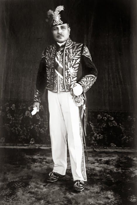 Sultan Abdul Jalil Rahmat Shah, Langkat sultans who ruled in 1927-1948