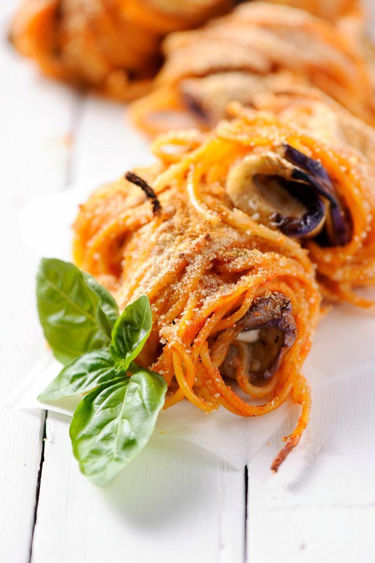 Spaghetti al forno con melanzana e mozzarella! #cucina