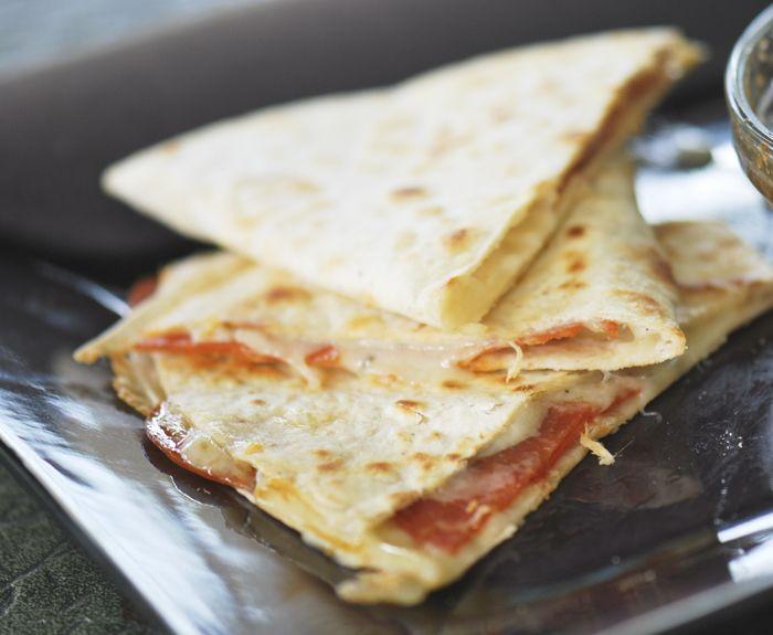 pizza quesadillas 7 WW points plus