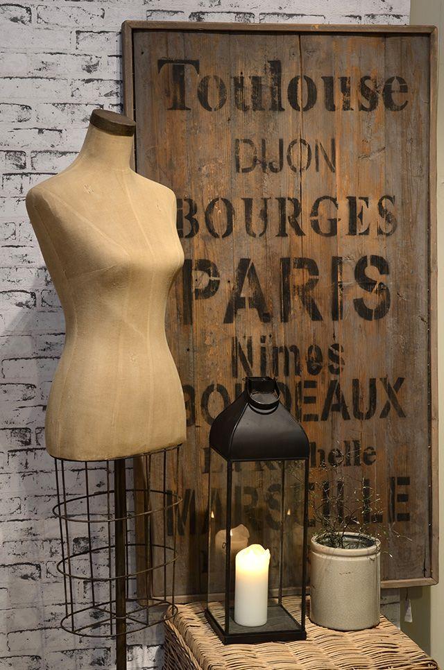 Holzschild Antik XXL mit französischen Städtenamen von Ib Laursen