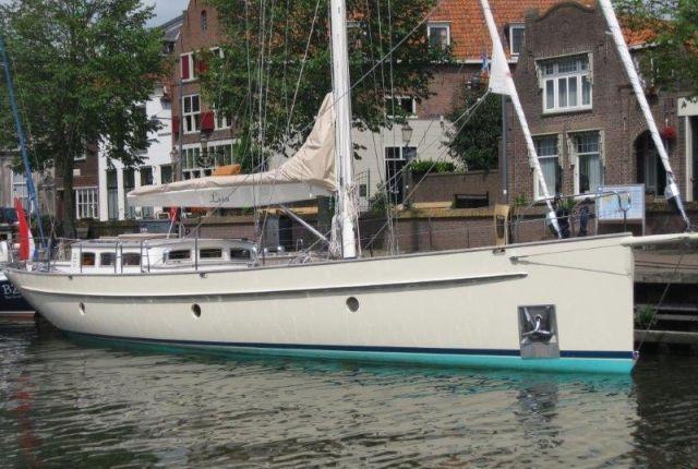359 besten sailing yachts bilder auf pinterest boot fahren partyboote und segelboot. Black Bedroom Furniture Sets. Home Design Ideas
