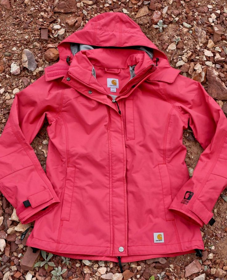 Carhart Women's Cascade Jacket..not normally a carhart fan but love this jacket !
