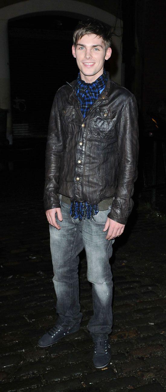 kieron richardson | Kieron Richardson - The 'Dancing On Ice' soap star celebrates turning ...