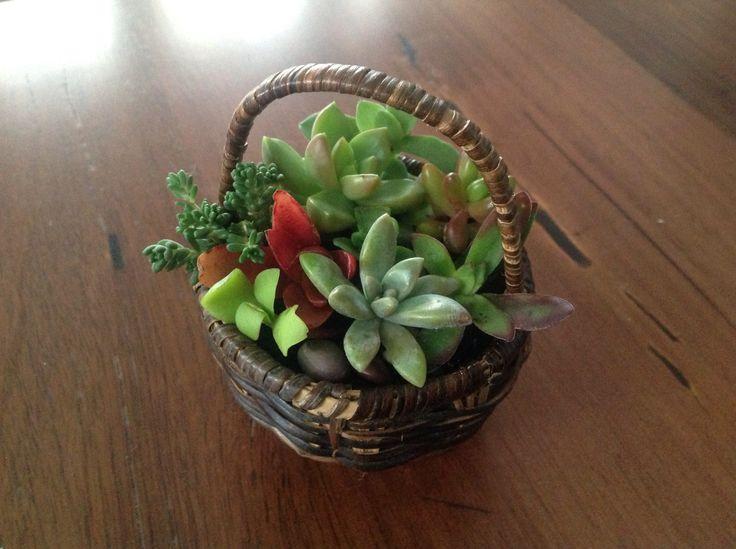 A little basket for my mum!
