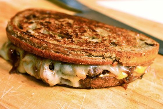 I made this last night except using pumpernickel rye. It was the most fantastic patty melt I've ever had! Worth the little extra effort!: Food Recipes, Dinners Tonight, Ultimate Spider-Man, Cups, Patty Melts, Burgers Recipes, Ultimate Patties, Serious Eating, Patties Melted