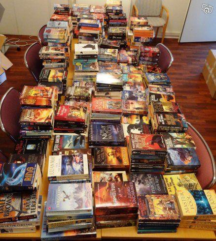 Trehundra science-fiction och fantasyböcker på engelska bortskänkes. Vi hoppas på att böckerna blir lästa fler gånger. Kan avhämtas i Lund, Eslöv…