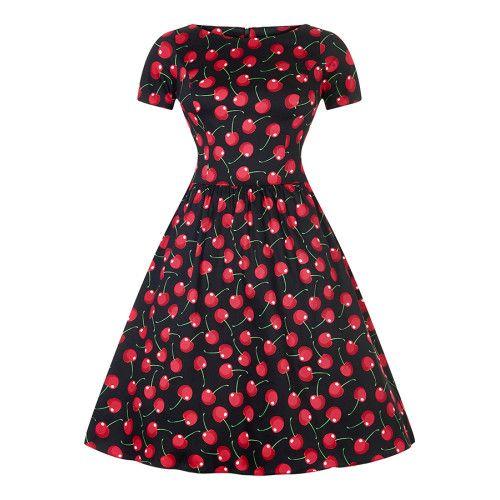 <p>Super mooie swing jurk van Lady Vintage in de kleur zwart met kersen print. Deze jurk is geïnspireerd op de jaren 50 look. De swing jurk heeft een hoge halslijn, aan voorzijde en korte mouwen. Er is een verborgen rits aan achterzijde. En van uit de taille valt de rok zwierig langs je benen. Deze swing jurk kun je met of zonder petticoat dragen. Wil je een echte 50 look draag je er een petticoat onder zoals op de afbeelding.</p>