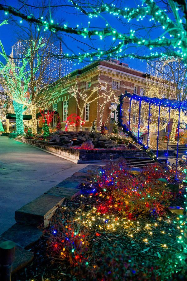 The South's Best Holiday Experiences - Southern Living. Start with a holiday trip to Fayetteville, Arkansas.