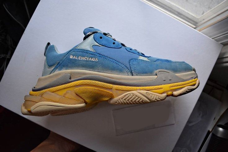 #fashion #sneakers #balenciaga #shoes #gifts