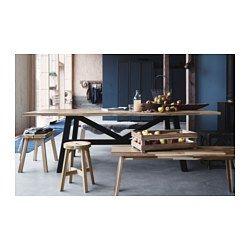 IKEA - SKOGSTA, Eettafel, Elke tafel is uniek, met een gevarieerde adering en natuurlijke kleurnuances; een onderdeel van de charme van hout.Massief hout is een slijtvast natuurmateriaal dat indien nodig geschuurd en afgewerkt kan worden.