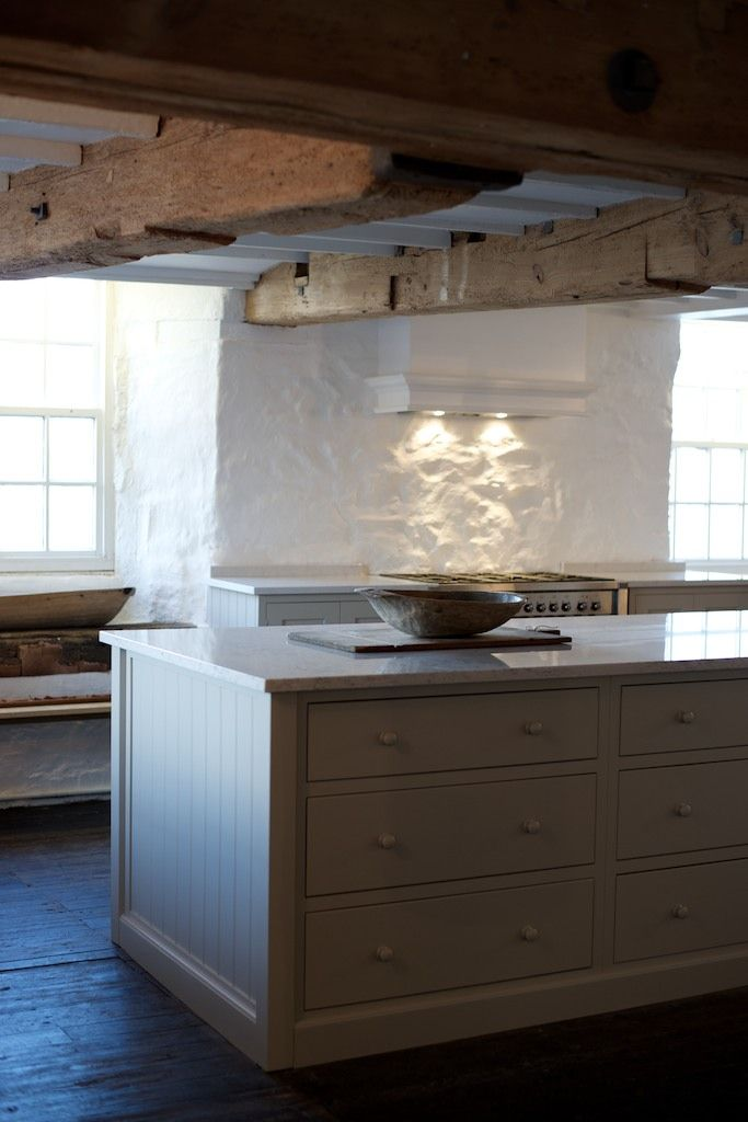 We love the beautiful big island in this deVOL Real Shaker Kitchen.